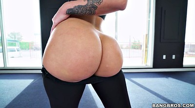 Yoga, Ass tease