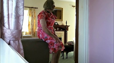Granny solo, Old granny, Crossdressers, Perv, Gay amateur
