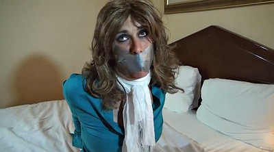 Sissy, Crossdressing