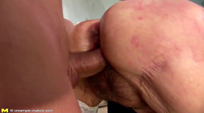 Hairy mom, Moms creampie, Mom creampie