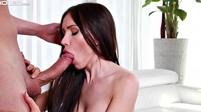 Sasha rose, Licking