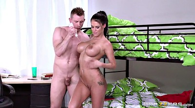 Big boobs, Peta jensen