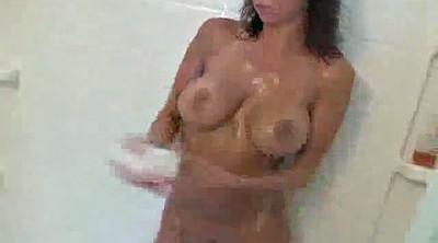 Solo shower, Mandy