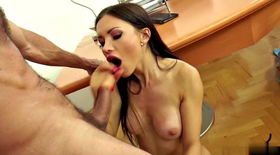 Boss, Sasha rose