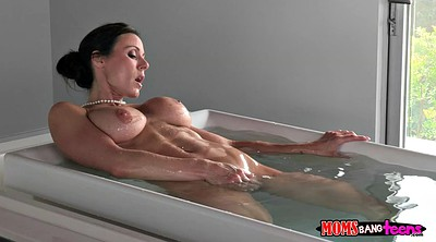Kendra, Bathing