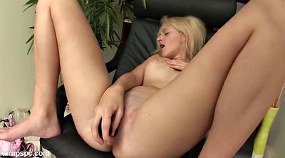 Vibrating, Teen orgasm