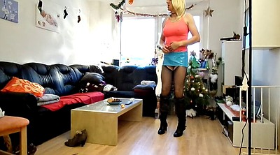 Dancing, Short skirt