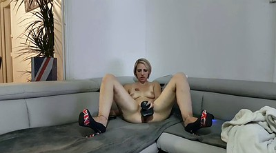 Tiffany, Blonde dildo