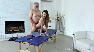 Old young, Granny massage
