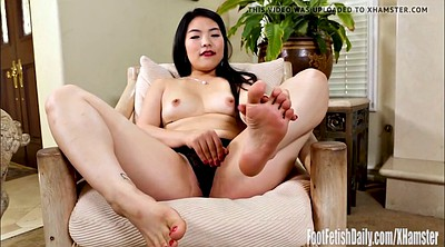 Feet, Outdoor masturbation, Sexy, Asian foot