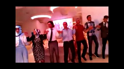 Dance, Turkish, Dancing