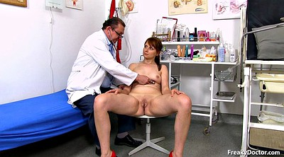 Gyno, Speculum, Old granny, Insertion, Old doctor, Doctors