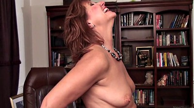 Big mom, Camera, With, Mom mature, Mature fisting, Mom milf