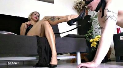 Foot worship, Mistress foot