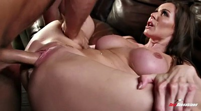 Kendra lust, Secret