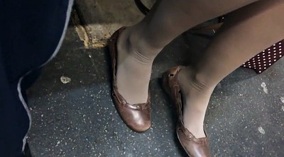 Candid, Nylon feet