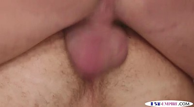 Mmf, Eating pussy
