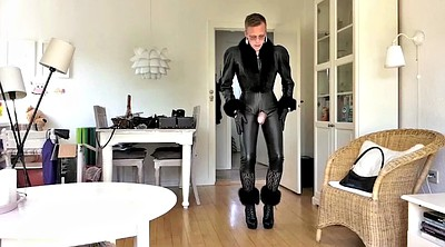 Leather, Gay sissy