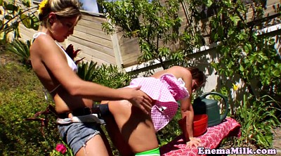 Squirting, Pee outdoor, Lesbian squirt