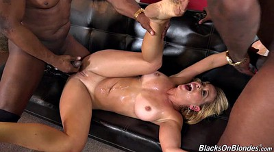 Blonde black, Monster milf