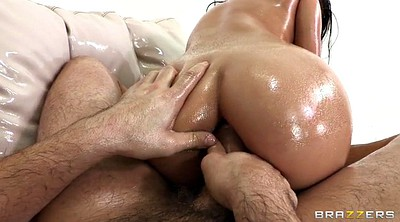 Oiled, Gracie glam