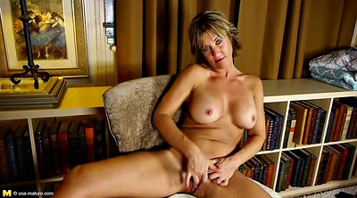 Hot mom, Big lips
