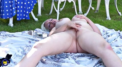 Housewife, Big mom, Outside, Big tits mom, Mature outdoor