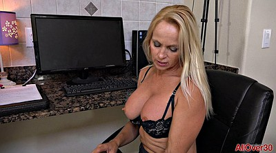 Secretary, Mature solo