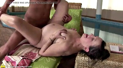 Pissing, Mother anal, Mature pissing