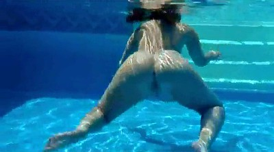 Underwater, Striptease
