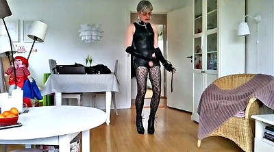 Sissy, Leather boots