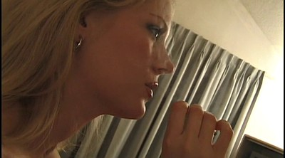 Blonde, Smoke, In bed