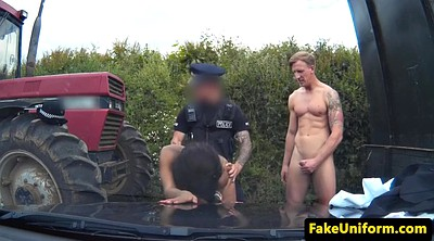 Mmf, Police, Pulling