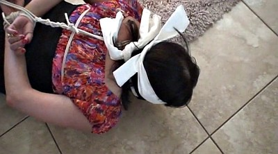Gagging, Blindfold