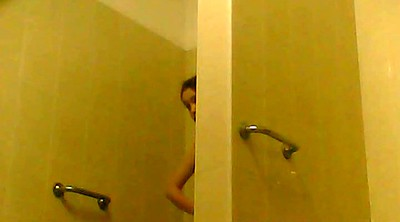 Voyeur shower, Hidden cam shower