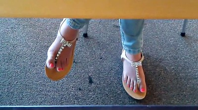 Library, Candid foot