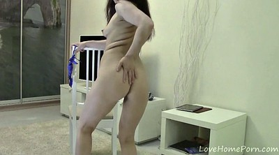 Housewife, Nude show