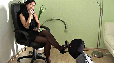 Foot fetishism, Femdom foot, Cleaning