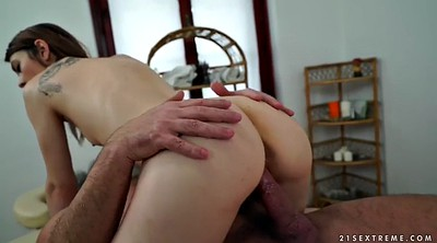 Tera, Mature massage