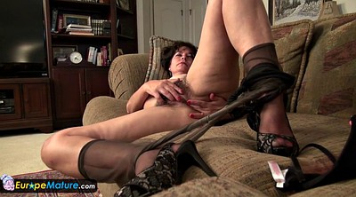 Mature masturbating, Lori