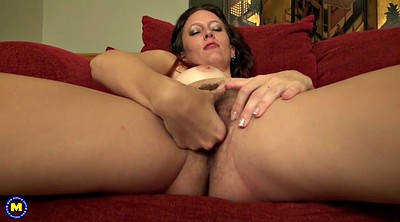 Mom, Squirt, Mom squirts, Mature squirt, Hairy squirt, Amateur mom