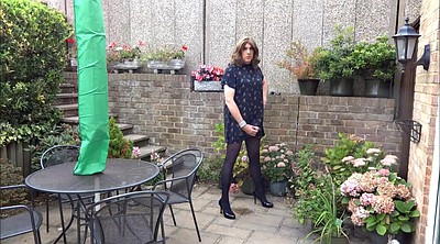 Crossdresser, Crossdressing, Garden