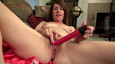 Hairy mature, Mature hairy, Red
