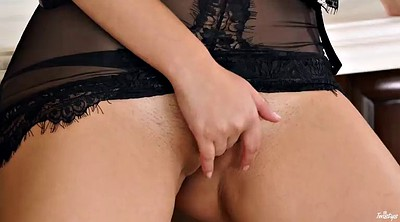 In kitchen, The maid, Pussy close-up, Pussy big, Maid masturbation