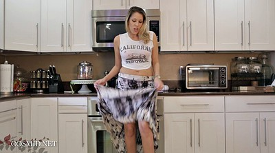 Kitchen, Mom solo, Milf solo, Mom hd, Beautiful mom, Solo mom