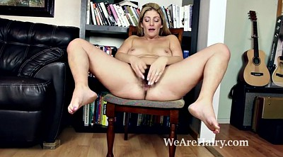 Alicia, Hairy matures