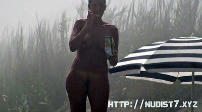 Nudist beach, Beach voyeur