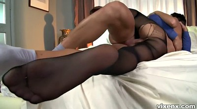 Pantyhose sex, Pantyhose feet