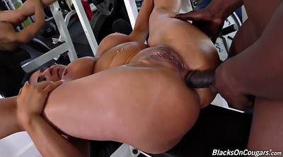 Interracial anal, Anal creampie