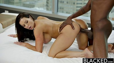 Kendra lust, Person